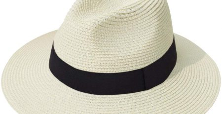 FYI, This Internet-Famous Hat You've Seen on Everyone's Vacation Is Discounted on Amazon