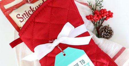 17 super easy Christmas neighbor gifts wprintable tags Its