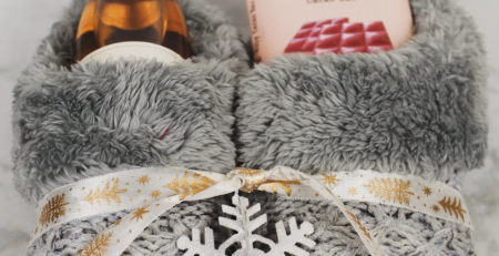 4 Cute Christmas Slipper Gift Ideas For Your BFF