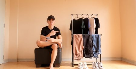 Minimalist fashion tips without hurting your style and your wallet
