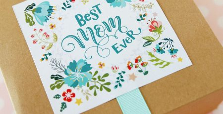 The Prettiest Way to Wrap up Mothers Day Gifts FREE