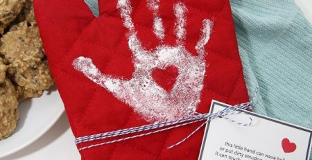 Mothers Day Gift Ideas Handprint Oven Mitt