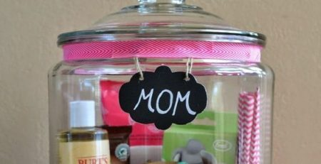 Mothers Day Gift In a Jar Easy DIY Mothers