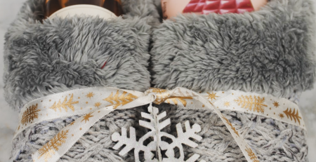 4 Cute Christmas Slipper Gift Ideas For Friends