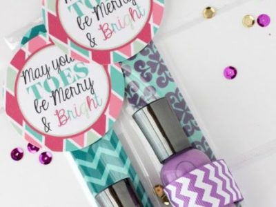 Quick Holiday Gift and free tag