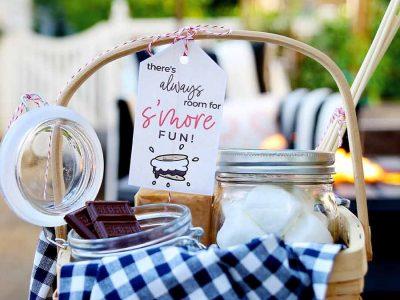 Campfire Smores Gift Basket Idea – free printable gift tag