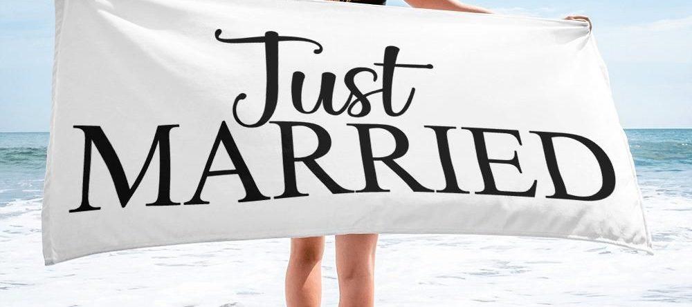 Just Married Beach Bath Towel GREAT Gift Idea