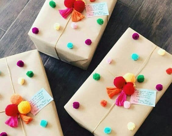 The Upcyclers Guide to Gift Wrapping