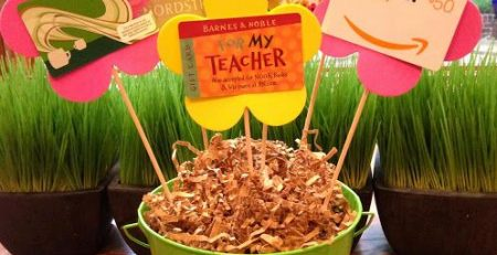 fun ways to give gift cards for teacher appreciation